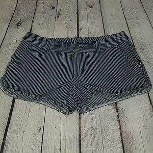 ROXY sz 26 striped shorts